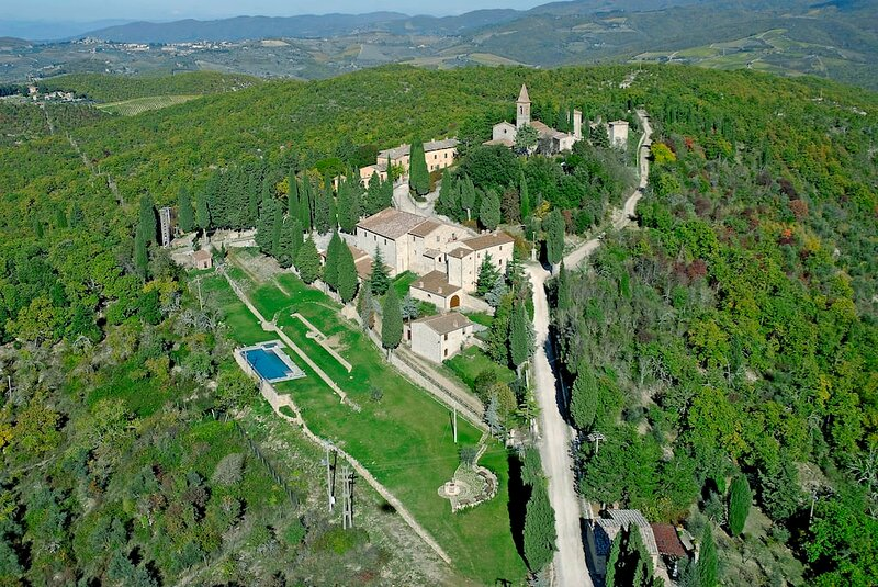 4 bedroom villa in Tuscany, holiday rental in Lucarelli
