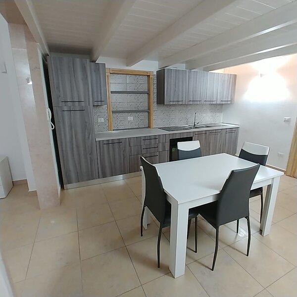Beautiful apartment in Veglie, casa vacanza a Carmiano