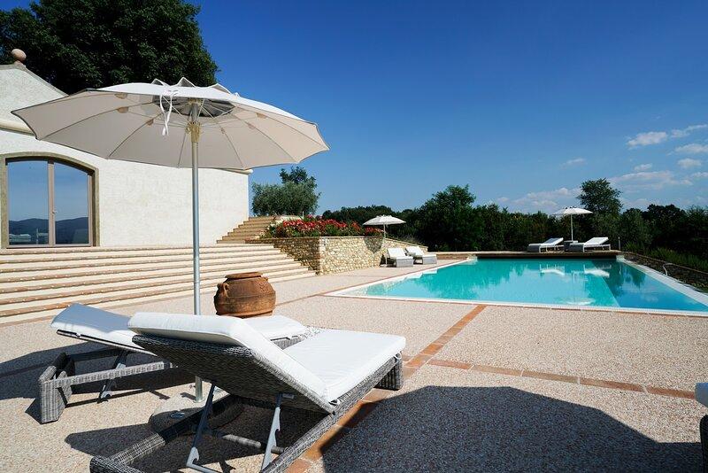 Villa di Rota, holiday rental in Leccio