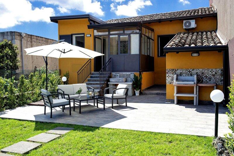 La Sciara Etna Home 'Casa Vacanze con Giardino', location de vacances à Linguaglossa