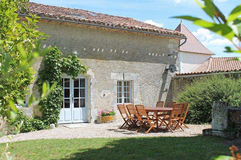 La Loge, Le Manoir de Longeveau, holiday rental in Saint-Paul-Lizonne