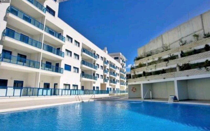 Apartamento de calidad superior en plena Bahía de Alicante, location de vacances à Cocentaina
