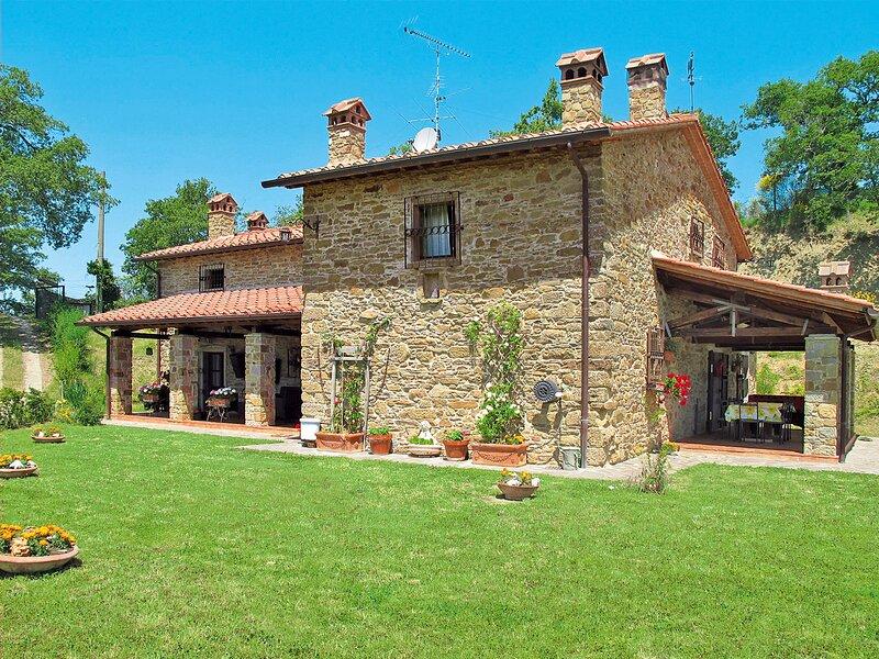 Il Castello (ARZ120), holiday rental in Tregozzano