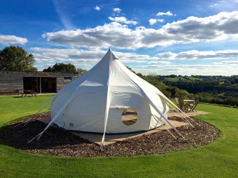 Hawthorne Belle, with amazing views & on-site activities, vacation rental in Craswall