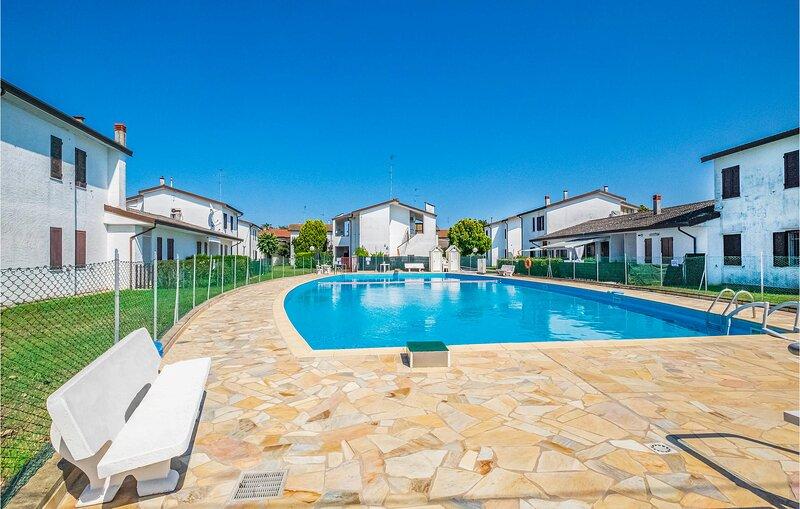 Vives 13 (IEK360), holiday rental in Lido degli Scacchi