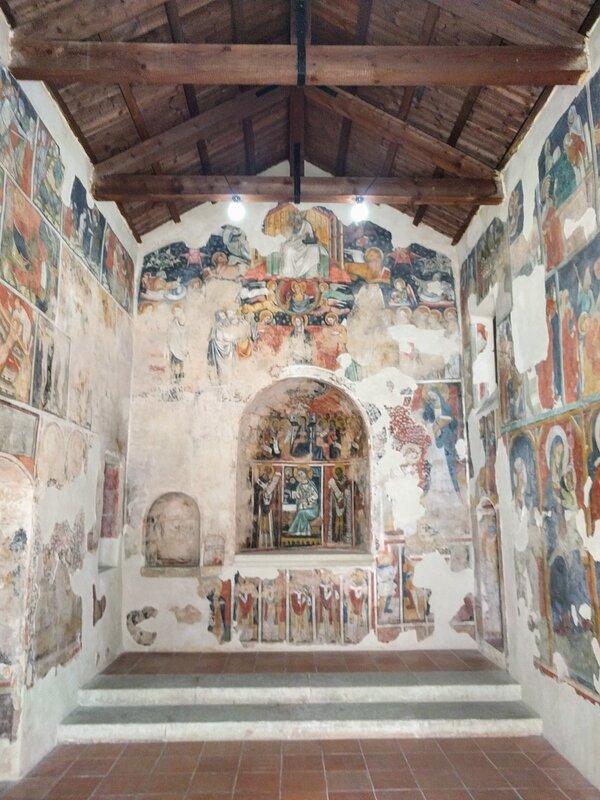 Chiesa di Santo Stefano interno