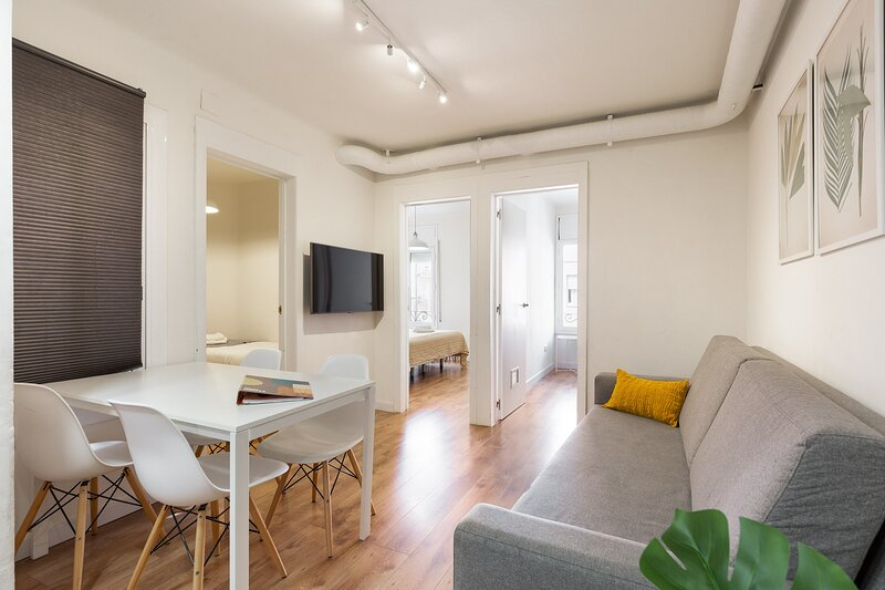 Olala WOW Apartment 2.1, aluguéis de temporada em Palleja