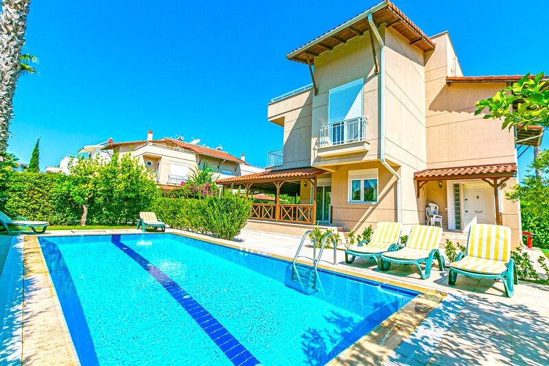 Paradise Town Villa Gordon, vacation rental in Belek