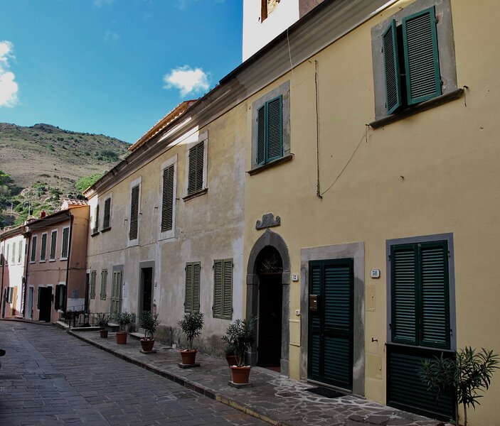 The Admiral House, vacation rental in Rio Nell'Elba