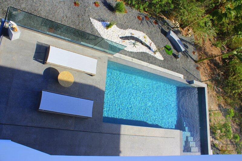 SEA TRUE VILLA ,NEW EDIFICE 2021, LAVISH !, vacation rental in Maho