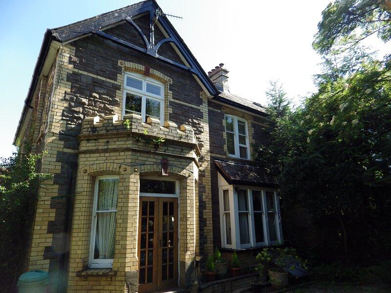 Studio with private entrance, location de vacances à Abergavenny