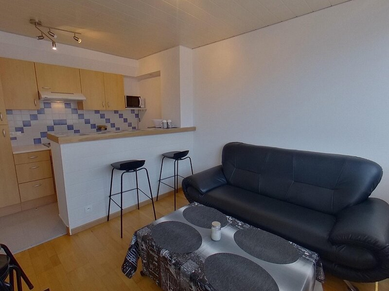 REF 173 - LORIENT 2 couchages - Hyper centre ville, holiday rental in Queven