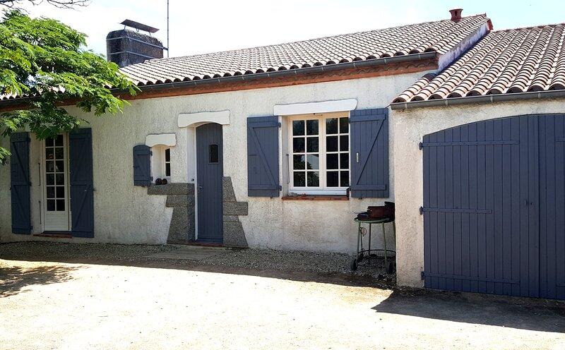 Maison individuelle T4, dans quartier des Courlis., location de vacances à Saint-Hilaire-la-Forêt