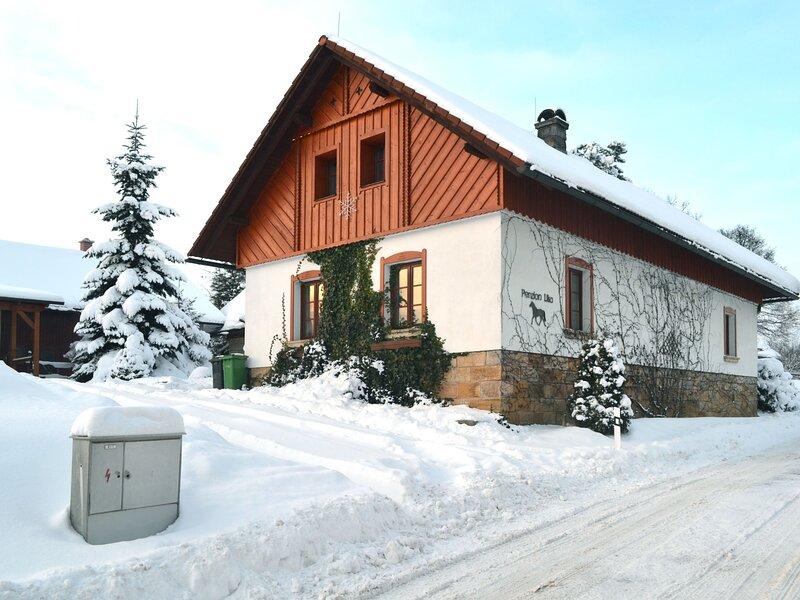 Lika (ULJ110), vacation rental in Trebihost