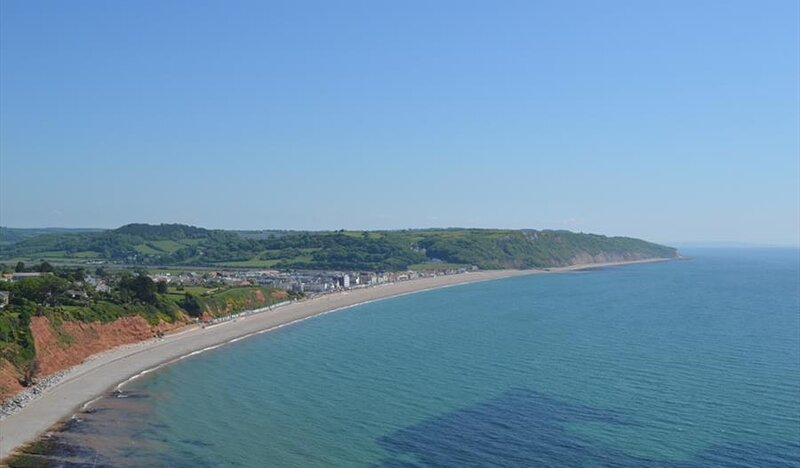 Seaside cottage, 5 minute walk from the jurassic coast, casa vacanza a Branscombe