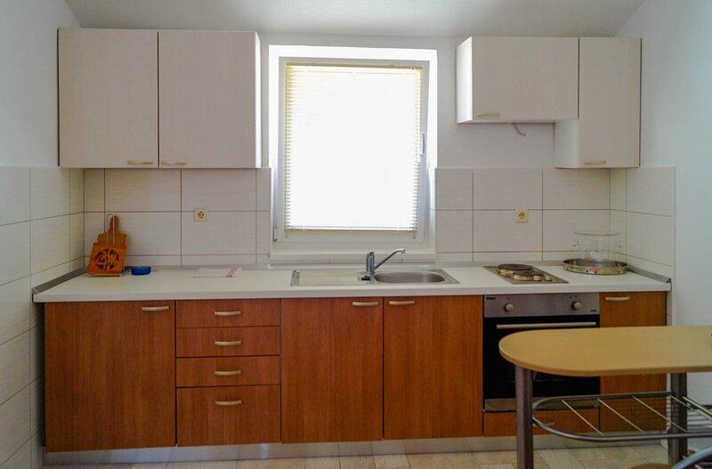 Holiday home 160865 - Holiday apartment 159523, location de vacances à Radici