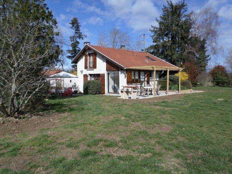 Gîte du Mas Corbier, location de vacances à Bouligneux