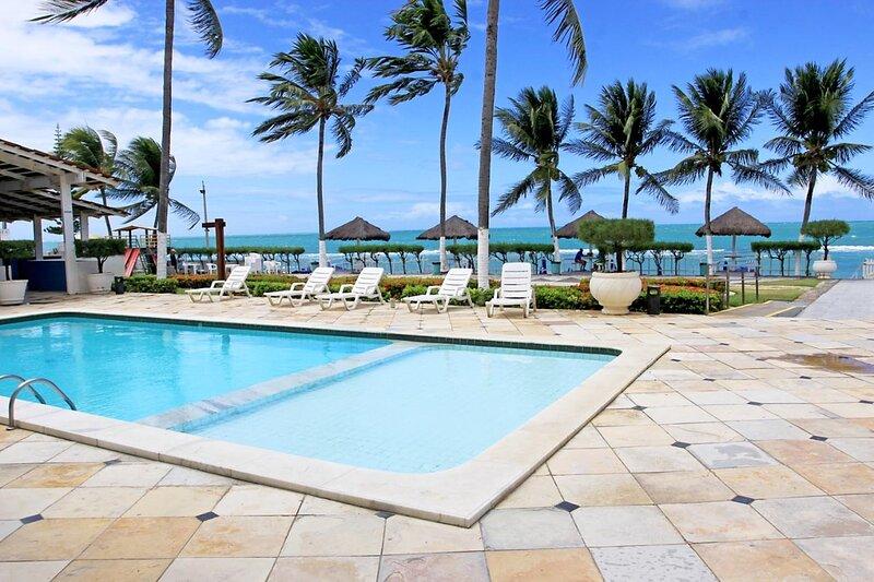 Flat Vista Mar Praia dos Carneiros Suite Master 26, aluguéis de temporada em Barra Grande