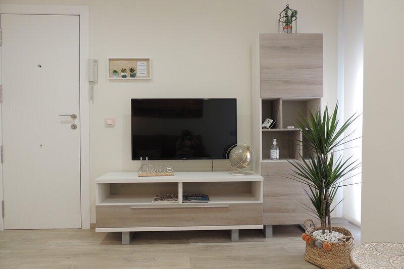 Apartamento La Unión I, calidad y comodidad, holiday rental in Castellón de la Plana
