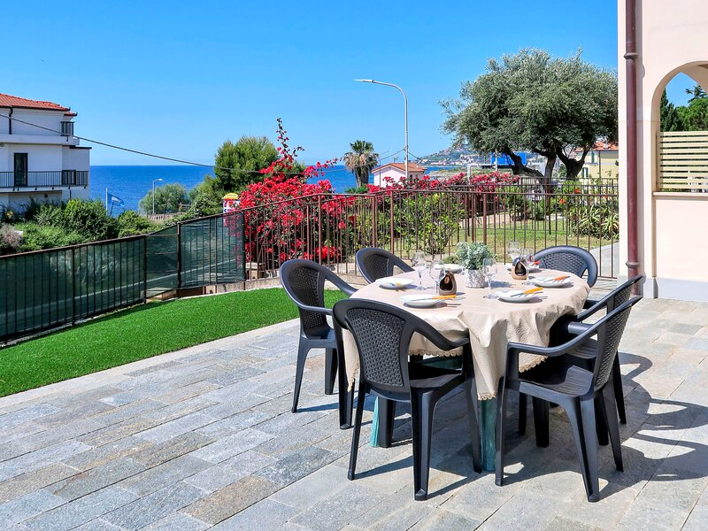Riva Mare (RLI105), vacation rental in Pompeiana