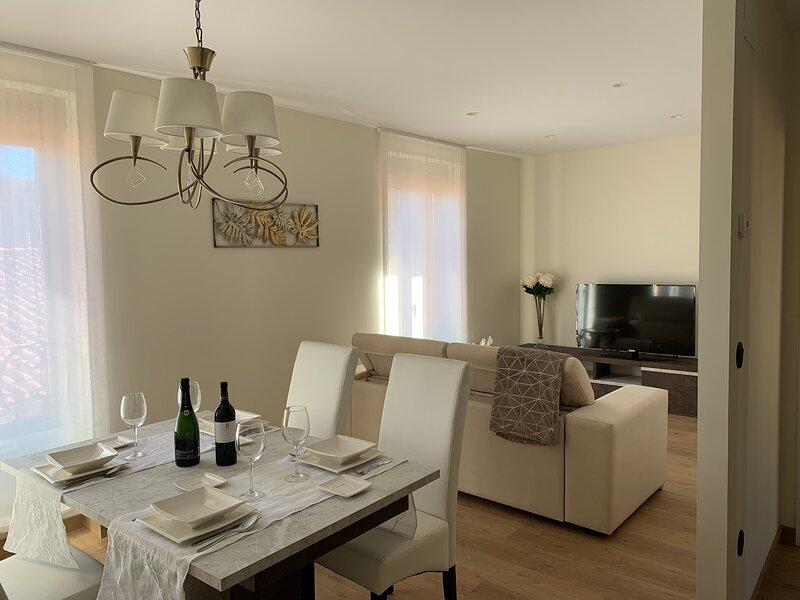 Apartamentos M.Bell (PASCUALEJAS), vakantiewoning in Garrafe de Torio