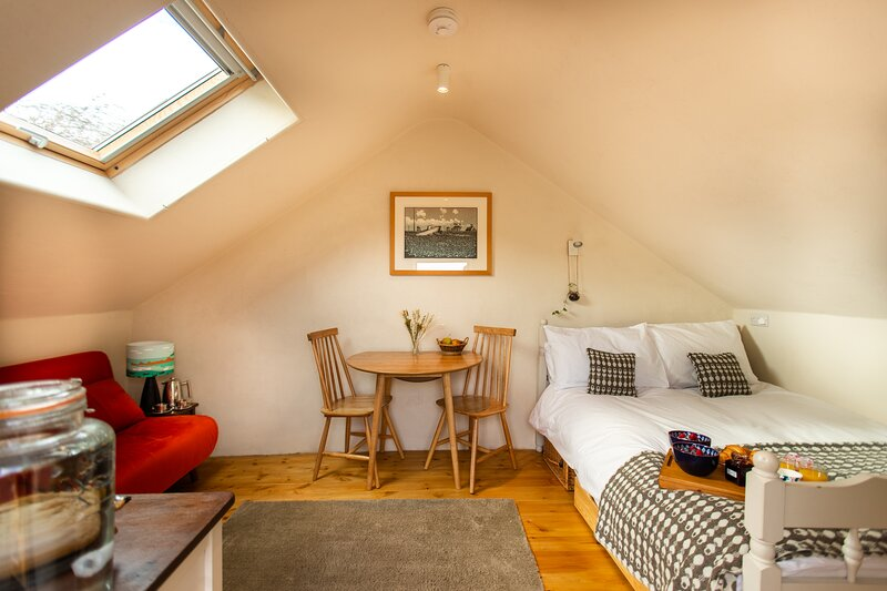 The Crogloft at Snowdonia Hideaway, vacation rental in Tywyn