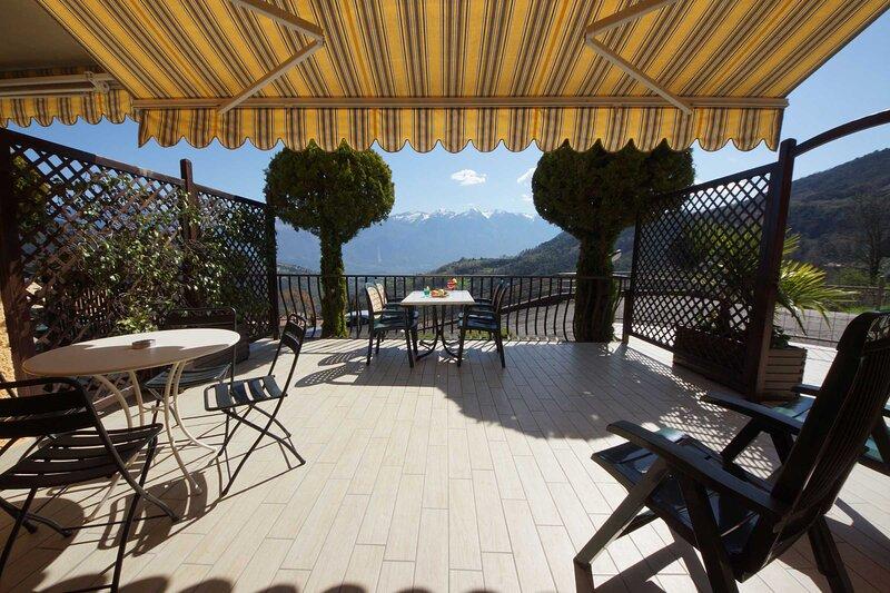 Casa Vacanze Sole 3, holiday rental in Gardola