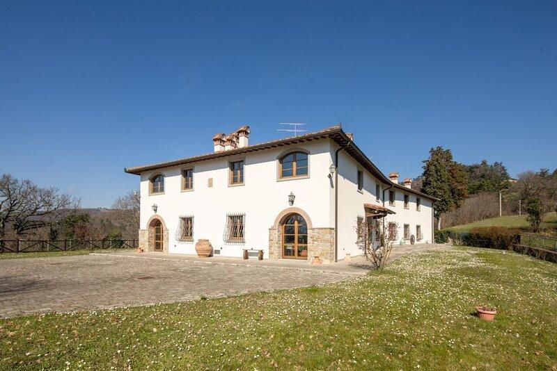 Villa Scarperia, holiday rental in Ferracciano