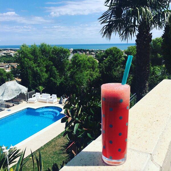 Casa con Vistas al Mar, holiday rental in L'Arboc