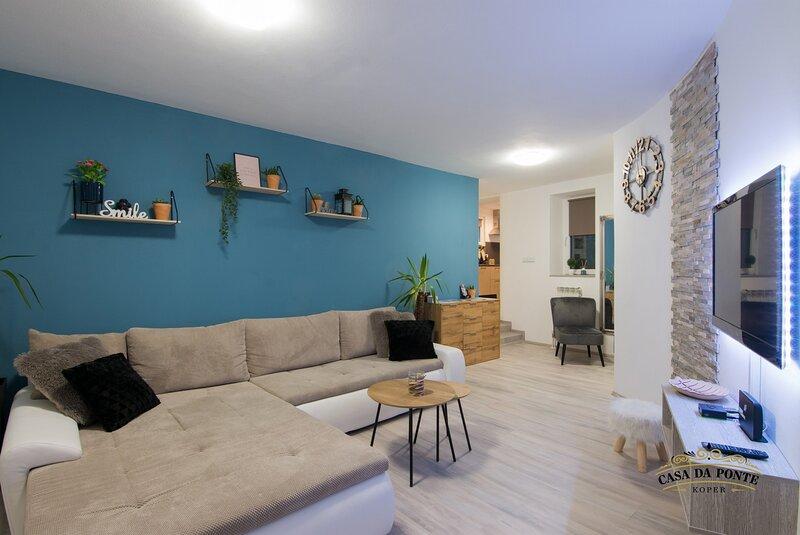 Casa Da Ponte - Two bedroom apartment, aluguéis de temporada em Koper