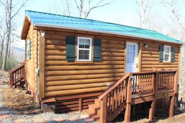 Cozy cabin, perfect for couples or the single traveler!, alquiler vacacional en Lovingston