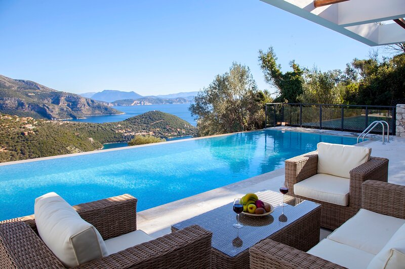 Villa Luxe in Sivota Lefkada, holiday rental in Evgiros