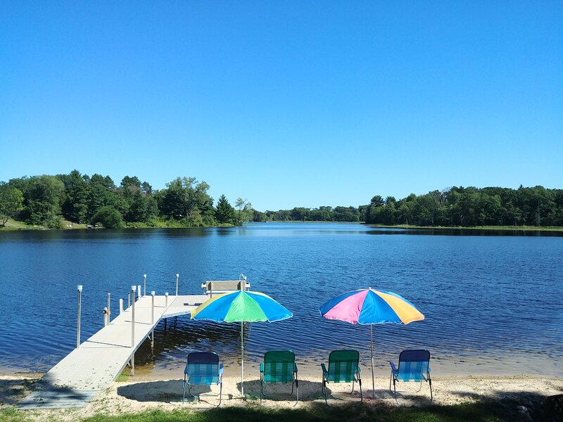 Lakehouse Paradise near Wisconsin Dells and Green Lake, location de vacances à Westfield
