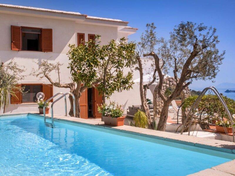 La Casa Del Fresco Blu, holiday rental in Sirenuse