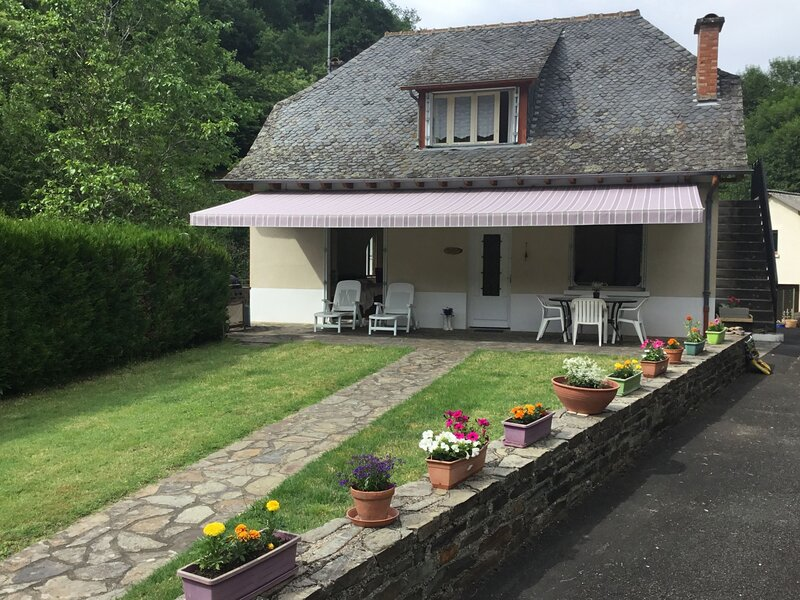 Le Ruisseau, vacation rental in Junhac