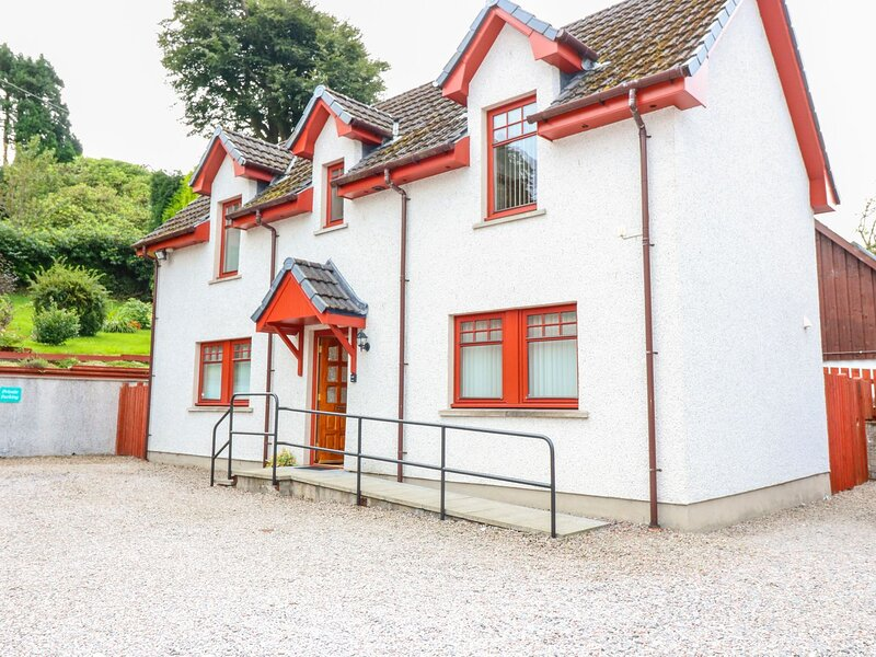 Ardlinnhe Cottage, Fort William, holiday rental in Ballachulish