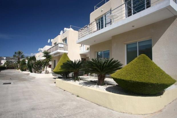 Holmes Place Peyia Coral Bay, aluguéis de temporada em Coral Bay