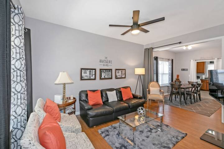 3 Miles from Most ATL Attrac. NW- 4 BR house, Pet Friendly,  Great 4 Workstays/F – semesterbostad i Atlanta