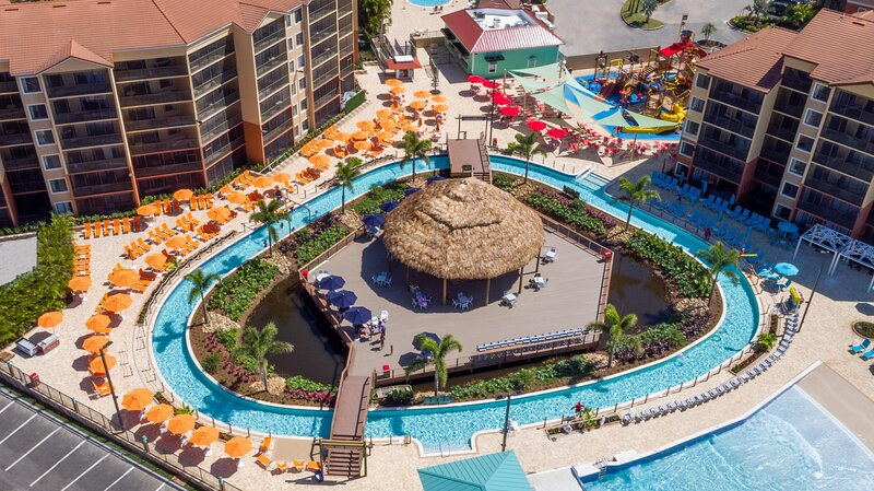 Family-Family Condo w/ WiFi, Free Shuttle to Theme Parks, Resort Dining & Pool, casa vacanza a Windermere
