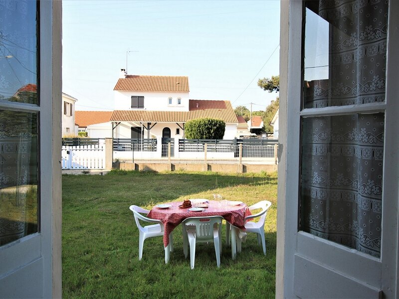 PROCHE MER & CENTRE, holiday rental in Saint Viaud