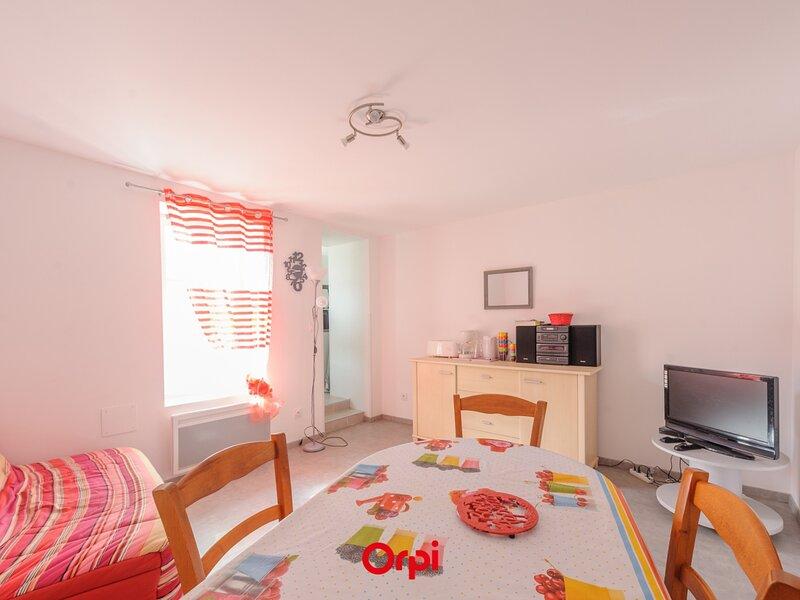 A 50m de la Plage, a 500m des commerces, Appartement T2 pour 4 Personnes  avec, holiday rental in Saint Vivien