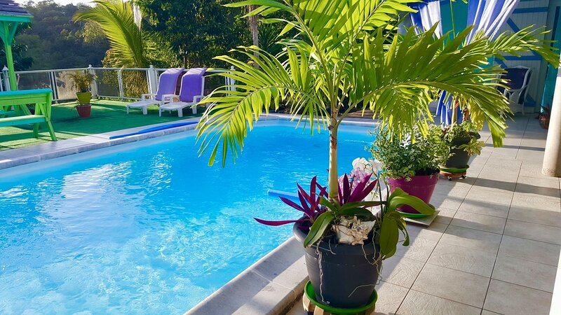 Chambres et table dhotes en Guadeloupe, holiday rental in Les Abymes
