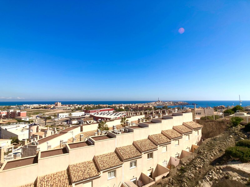 Beautiful penthouse with two big terraces and stunning views in Cala Flores, location de vacances à Cabo de Palos