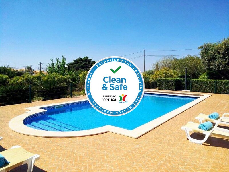Villa Exclusive * Privat Pool * Gardens * Privacy * Golf * Silves, Ferienwohnung in Silves