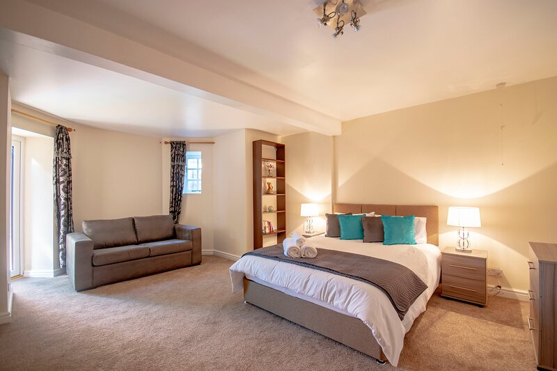 Just Relocate - The Garden Flat, holiday rental in Nottingham