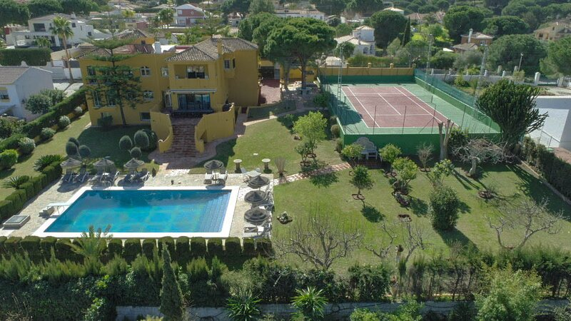 Villa La Favorita, alquiler vacacional en Alhaurín de la Torre
