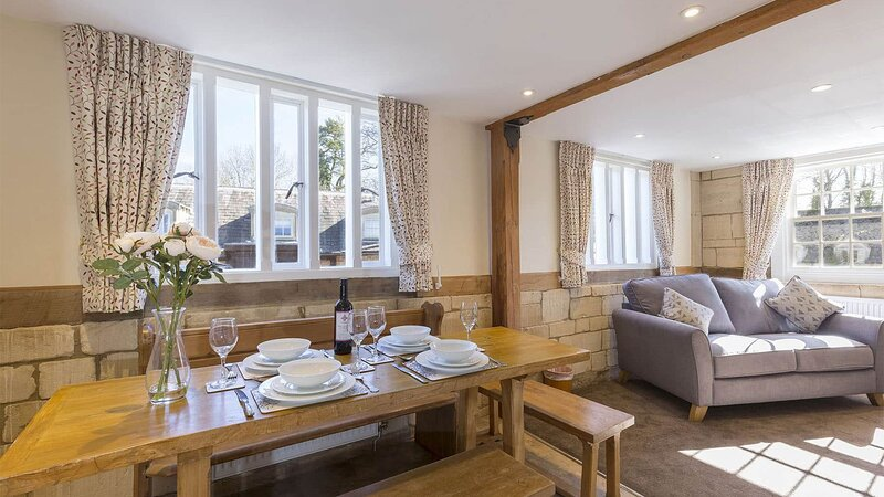 St Kenelm at Sudeley Castle - A modern and gorgeous apartment, situated on the S, vacation rental in Winchcombe