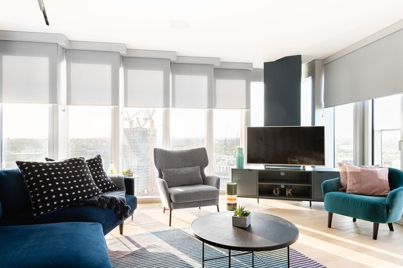 The Stratford Escape - Modern & Bright 2BDR Loft with Amazing Views, holiday rental in Stratford City