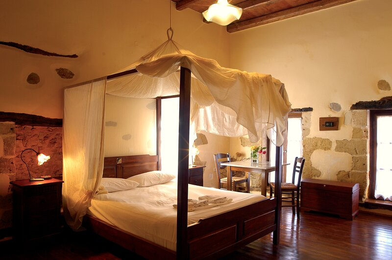 Traditional Hotel for Relaxation and Rejuvenation - eco friendly hotel, casa vacanza a Astrikas