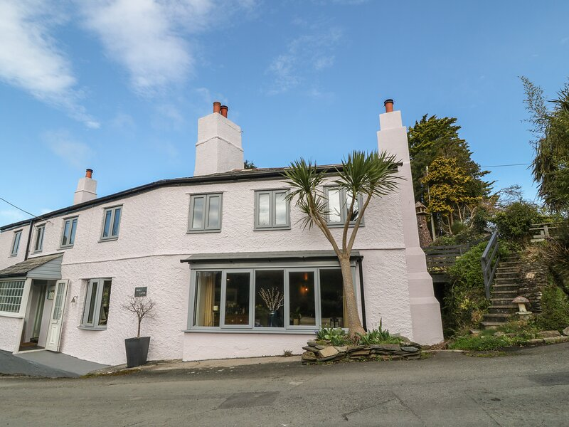 Higher Coombe, Brixton, holiday rental in Plympton